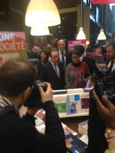 François Hollande au salon du livre de Paris 2015